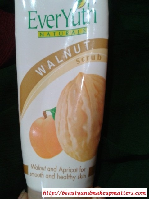 Everyuth-walnut-apricot-Scrub