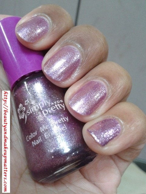 Avon-Simply-Pretty-Nail-Enamel-Pretty-Plum-NOTD
