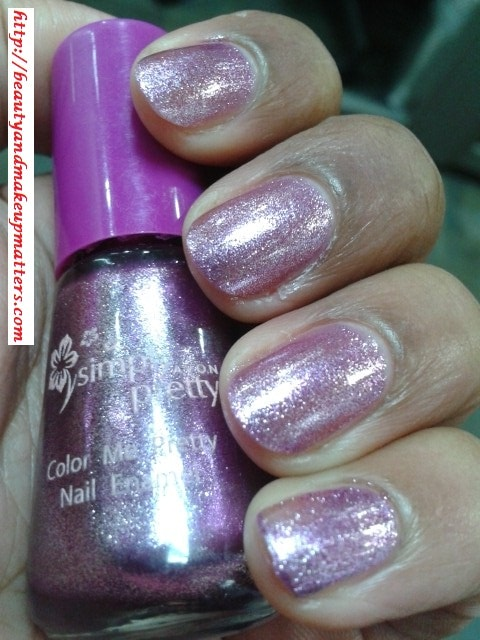 Avon-Simply-Pretty-Nail-Enamel-Pretty-Plum-NOTD1