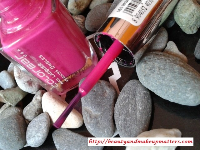 Colorbar-Nail-Enamel-Rasmopolitan-Review