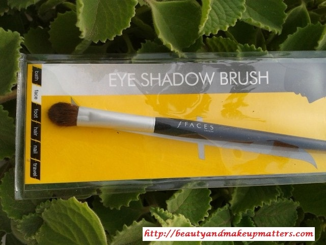 Faces-Canada-Eye-shadow-Brush