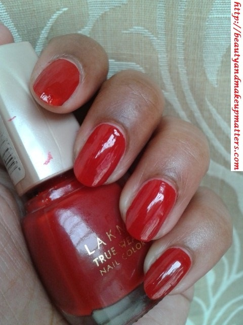 Lakme-Nail-Color-Siren-Red-NOTD