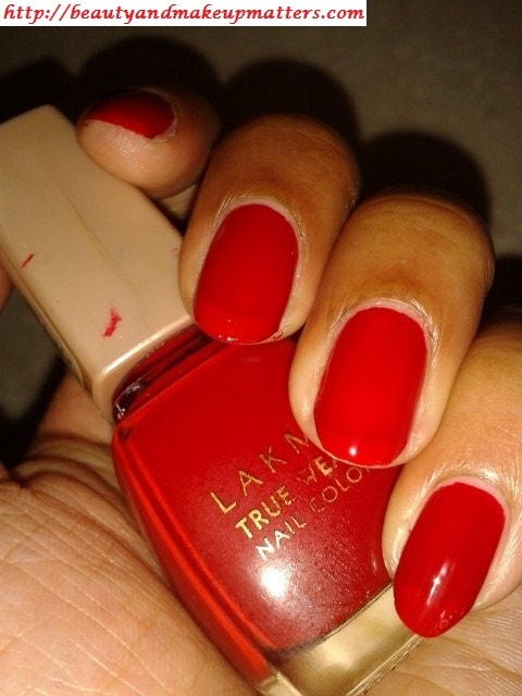 Lakme-Nail-Color-Siren-Red-Swatch