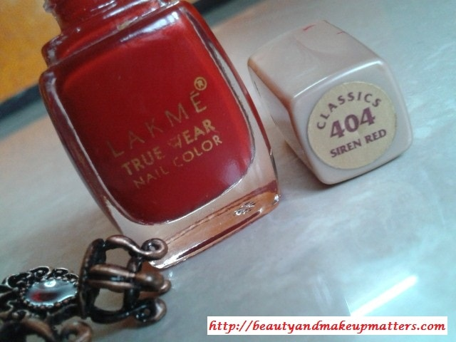 Lakme-Nail-Color-Siren-Red
