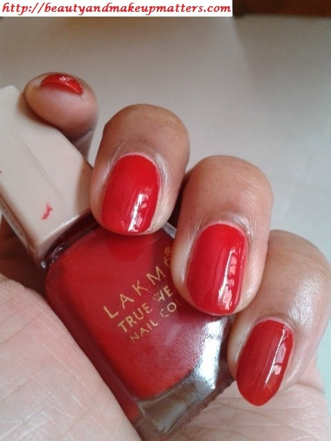 Lakme-Siren-RedTrue-Wear-Nail-Color-NOTD