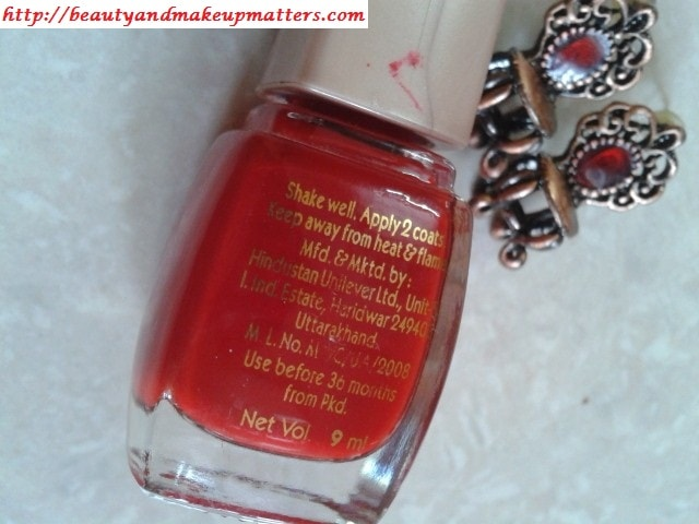 Lakme-True-Wear-Nail-Color-Siren-Red-Claims