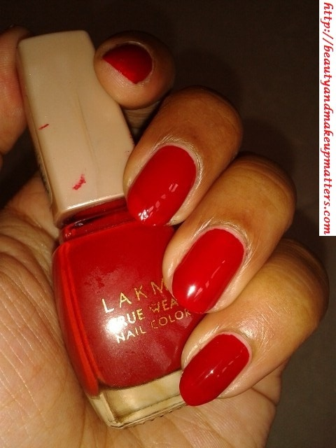 Lakme-True-Wear-Nail-Color-Siren-Red-NOTD
