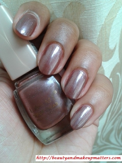 Lakme-True-Wear-Nail-Polish-Sabhyachi-Swatch