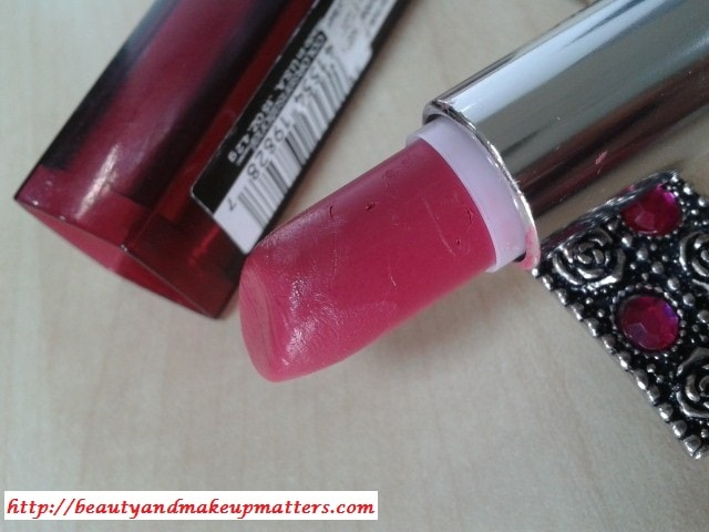 Maybelline-Colorsensational-Hooked-On-Pink-Lipstick-Review