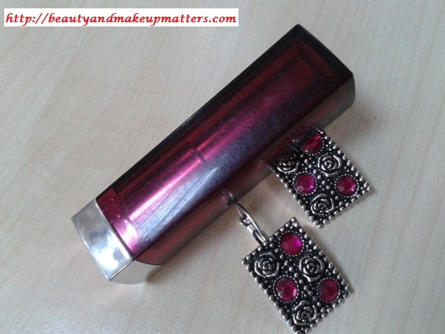 Maybelline-Lipstick-Hooked-On-Pink