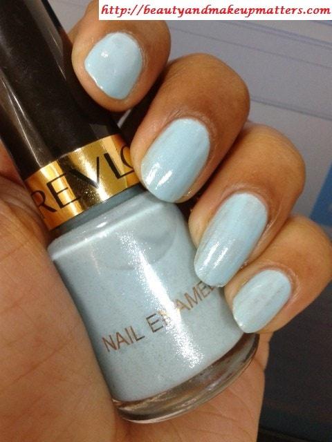 Revlon-Nail-Enamel-Blue-Lagoon-Nail-Swatch