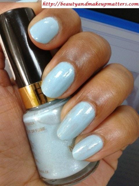 Revlon-Nail-Enamel-Blue-Lagoon-Nails