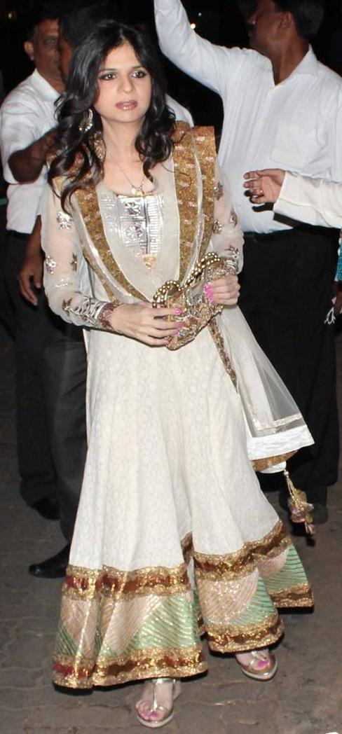 Saba-Ali-khan-at-kareena-sangeet