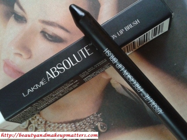Lakme-Absolute-Lip-Brush