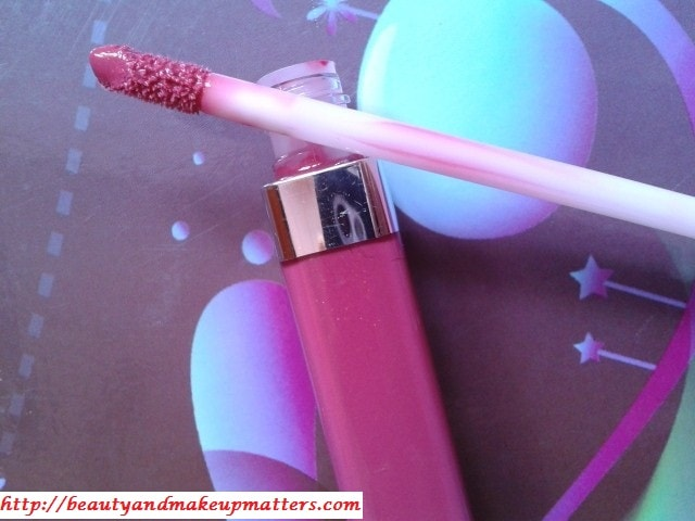 Maybelline-Color-Sensational-Hooked-On-Pink-Lip-Gloss-Review