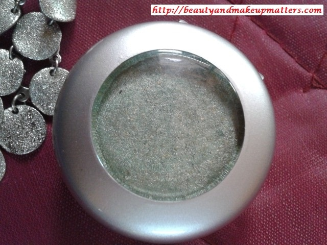 Colorbar-Single-Eye-Shadow-Spearmint-Review