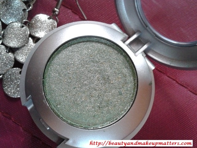 Colorbar-Single-EyeShadow-Spearmint-Review