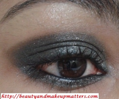 Kareena-Kapoor-Inspired-Eye-Makeup-Tutorial-Greyish-Black-Shimmery-Smokey-Eyes-Look