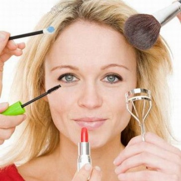 Makeup-Tips-Bad-Makeup-Habits-To-Be-Avoided