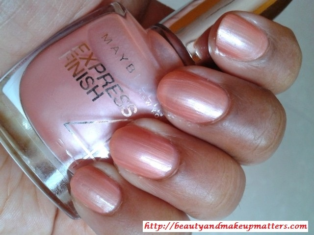 Maybelline-Express-Finish-Nail-Enamel-Pearly-Pastel-NOTD