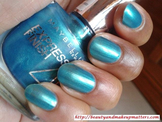 Turquoise-gree-nail-polish
