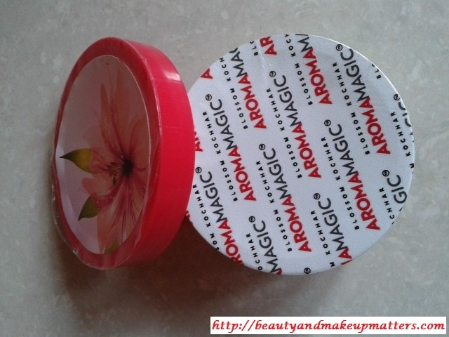 Aroma-Magic-Almond-Nourishing-Cream-Review