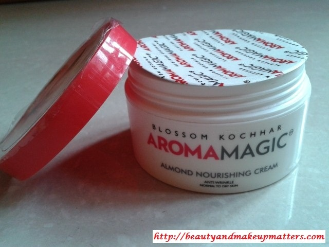 BlossomKochhar-AromaMagic-Almond-Nourishing-Cream-Review
