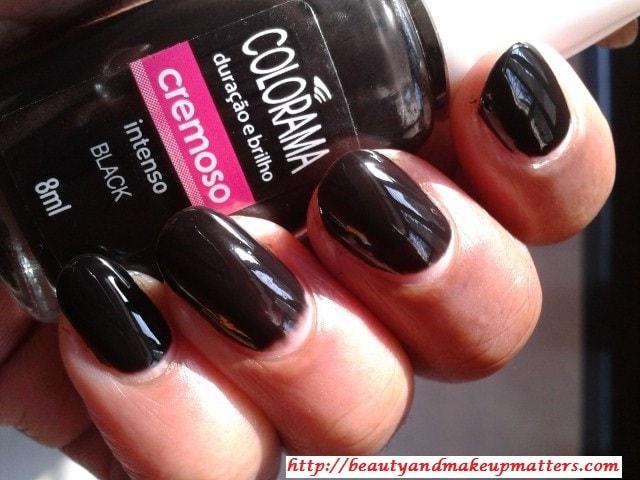 Maybelline-Coloroma-Nail-Enamel-Black-Swatch