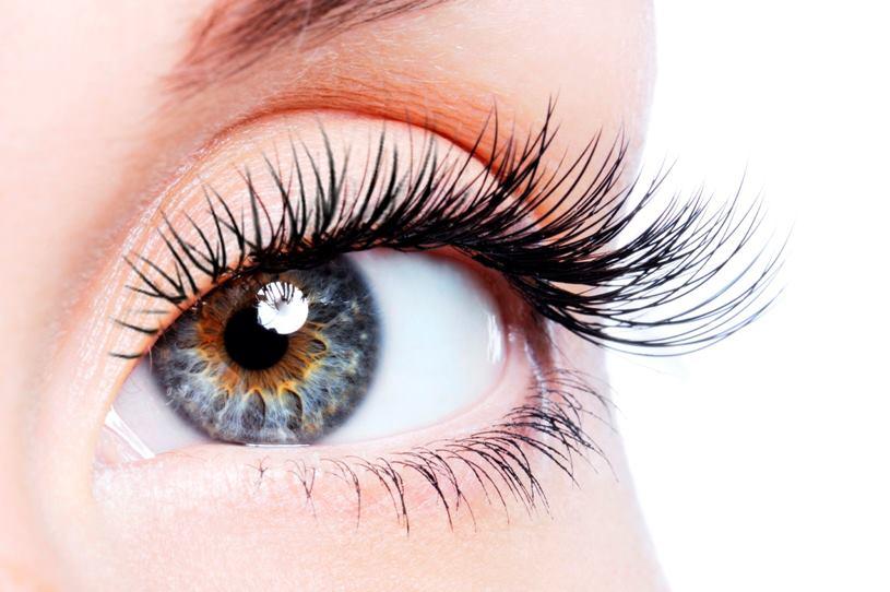 6 Tips for Long Eye Lashes