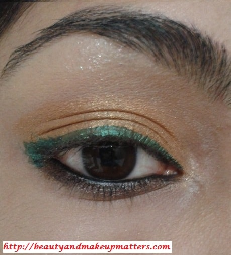 Golden-EyeShadow-With-ForestGreen-EyeLiner-Look