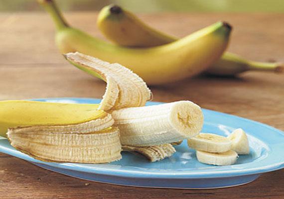 Homemade Moisturizing Fruit Face Pack-Banana