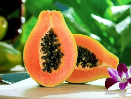 Homemade Moisturizing Fruit Face Pack-Papaya