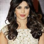 Priyanka-Chopra-at-2013Renault-Star-Guild-Awards