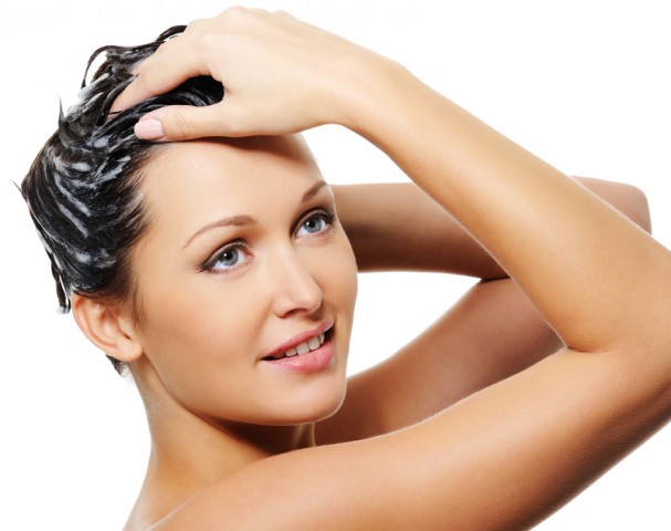 Tips-To-Protect-Hair-In-Winters-ConditionerTreat