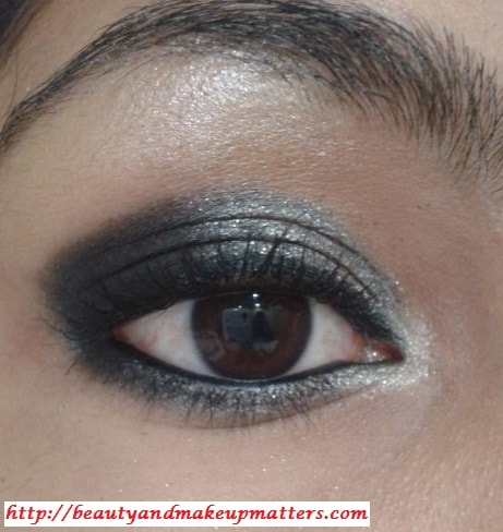 EyeMakeup-Shimmery-Grey&Black-Eyes-Look