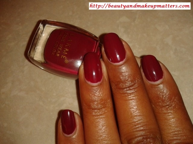 Lakme-True-Wear-Nail-Color-Freespirit D417 Manish Malhotra-NOTD