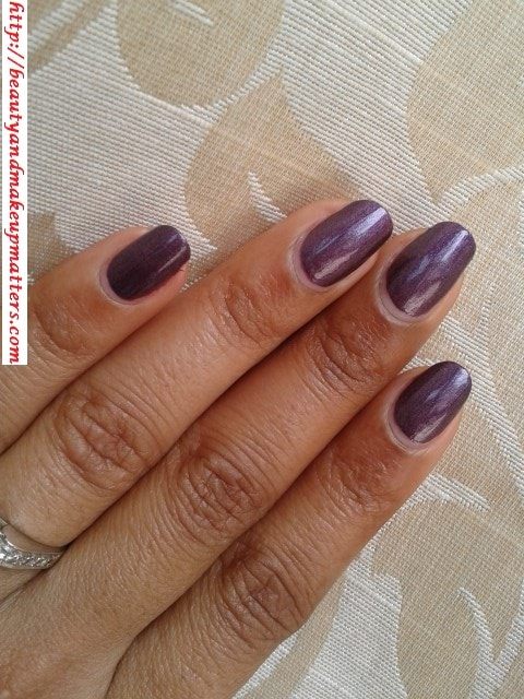 Lakme-True-Wear-Nail-Color-Metallics240-Swatch
