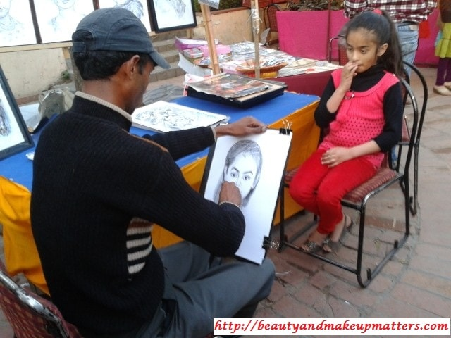 Live-Sketch-at-Dilli-Haat