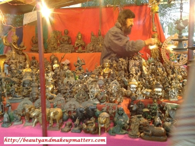 Metal-Idol-Shop-At-Dilli-Haat