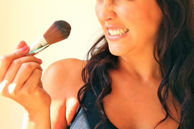 Why Clean Makeup Brushes-SkinInfections