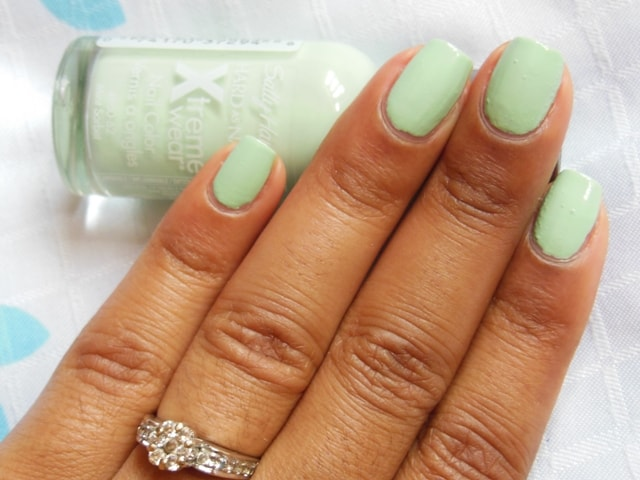 Sally Hansen Hard As Nails Xtreme Wear Nail Color-Mint Sorbet NOTD