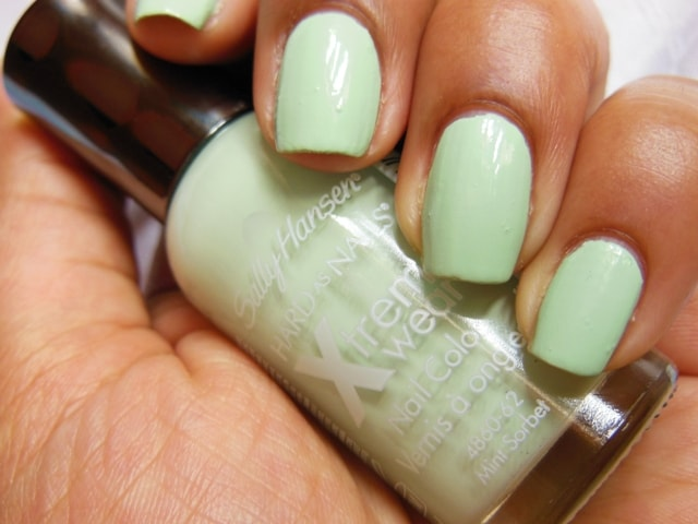 Sally Hansen Hard As Nails Xtreme Wear Nail Color Mint Sorbet Swatch