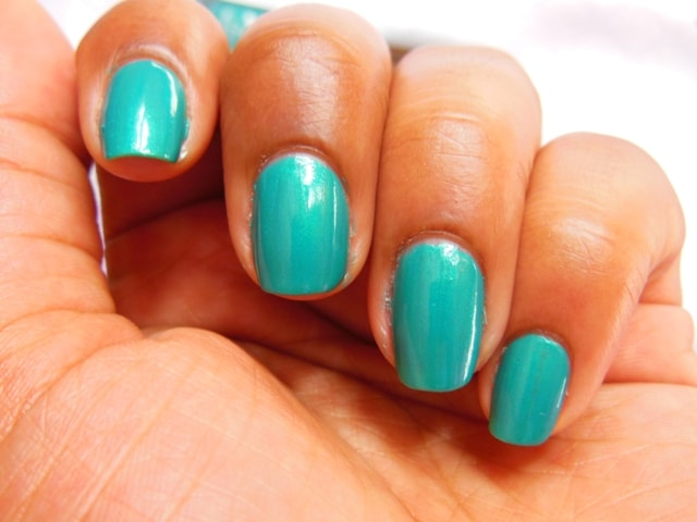 Sally Hansen Hard As Nails Xtreme Wear Nail Color The Real Teal Swatch