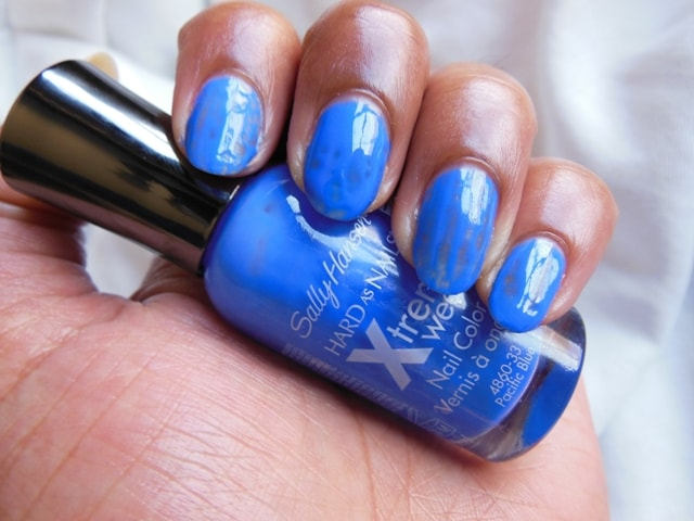 Sally Hansen Hard As Nails Xtreme Wear Pacific Blue Nail Color-Swatch1
