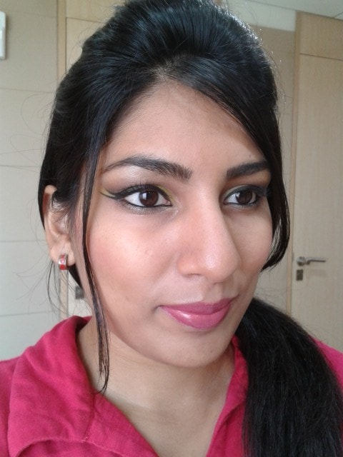 L'Oreal Color Riche Caresee Lipstick Sunset Angora Look