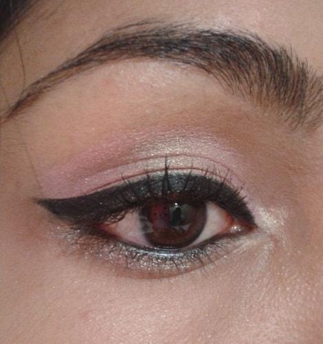 LOreal-Paris-Infallible-Lacquer-Liner-24hr-Eye-Liner-Blackest-Black-EOTD2