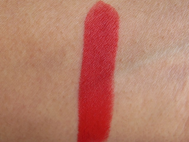 Revlon Superlustrous Matte Lipstick Really Red Swatch