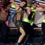 Deepika Padukone @ IIFA Awards 2013 - Dance Performance