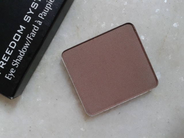 Inglot-Freedom-System-Eye-Shadow-Matte-360