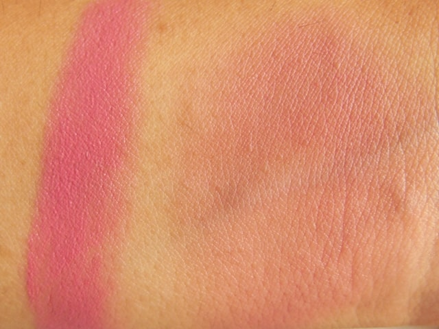 Revlon Cream Blush-Berry Flirtatious Swatch